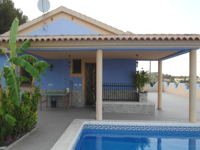 Country villa for sale in Gañuelas #26501-en