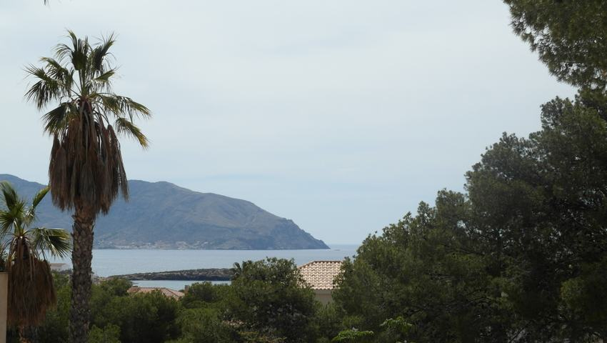 Plot with sea views for sale in Isla Plana
