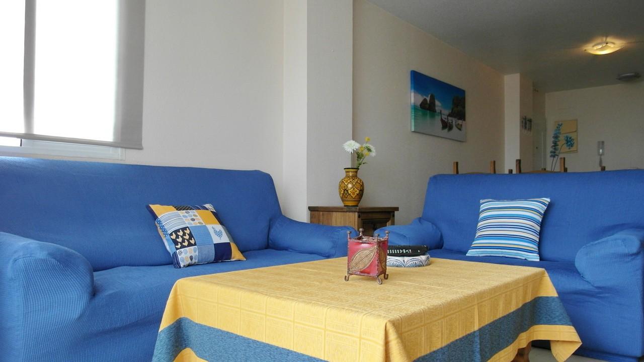 Apartamento con aire acondicionado, vistar al mar y piscina en alquiler en Puerto de Mazarron