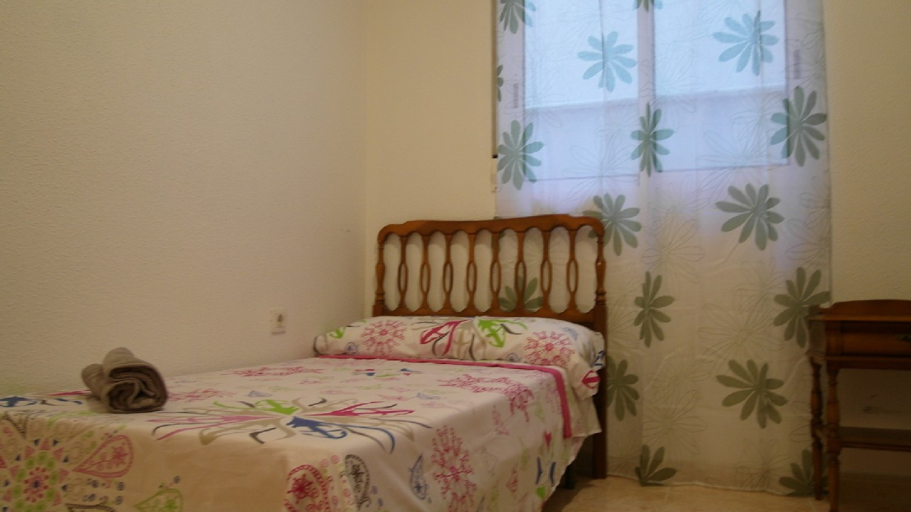 Flat in the center and very close to the beach for sale in Puerto de Mazarron
