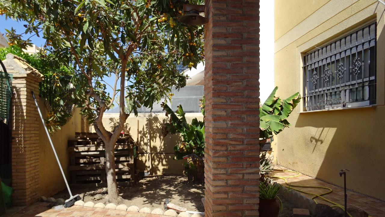 Semi-detached villa for sale in Puerto de Mazarron