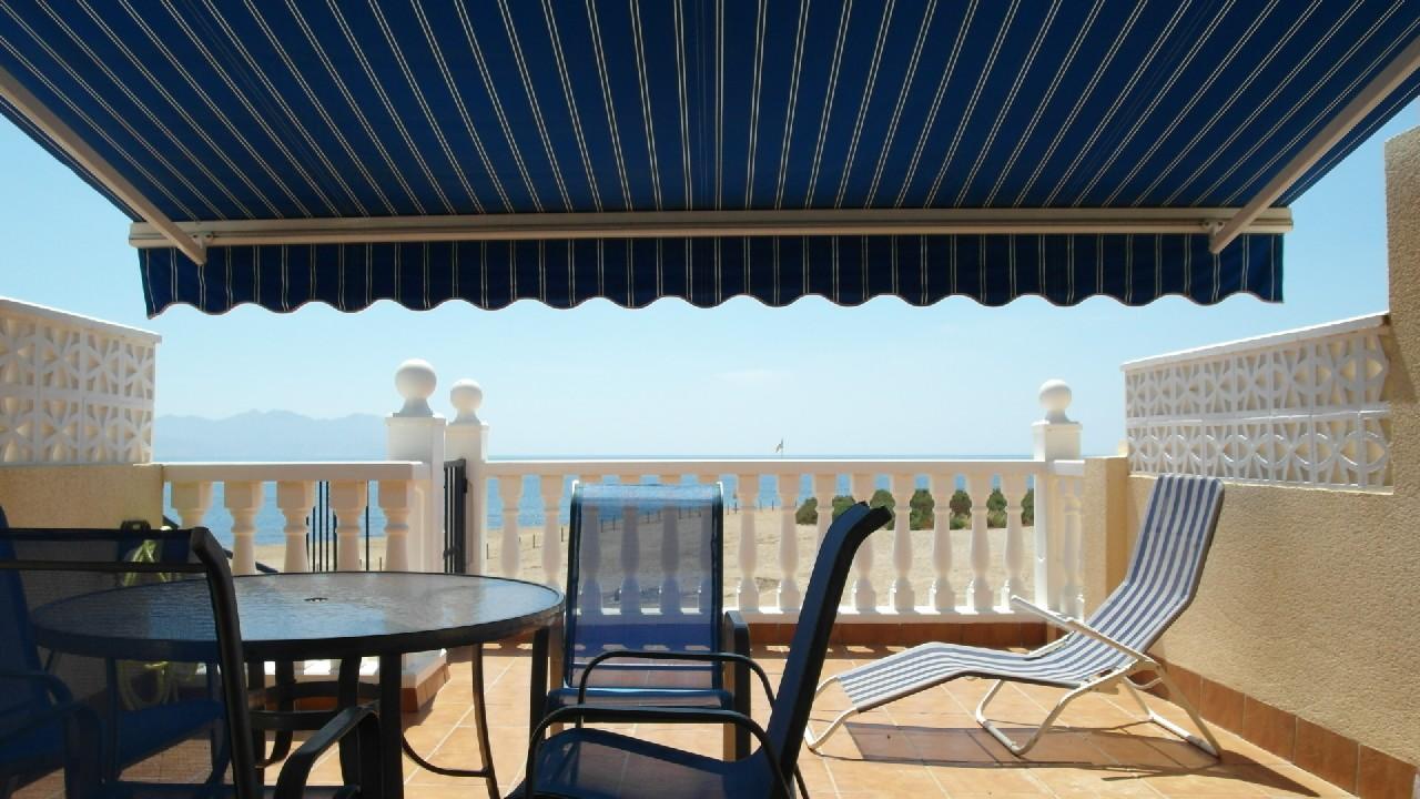Duplex adosado con vistas al mar y garaje en venta en el Puerto de Mazarron