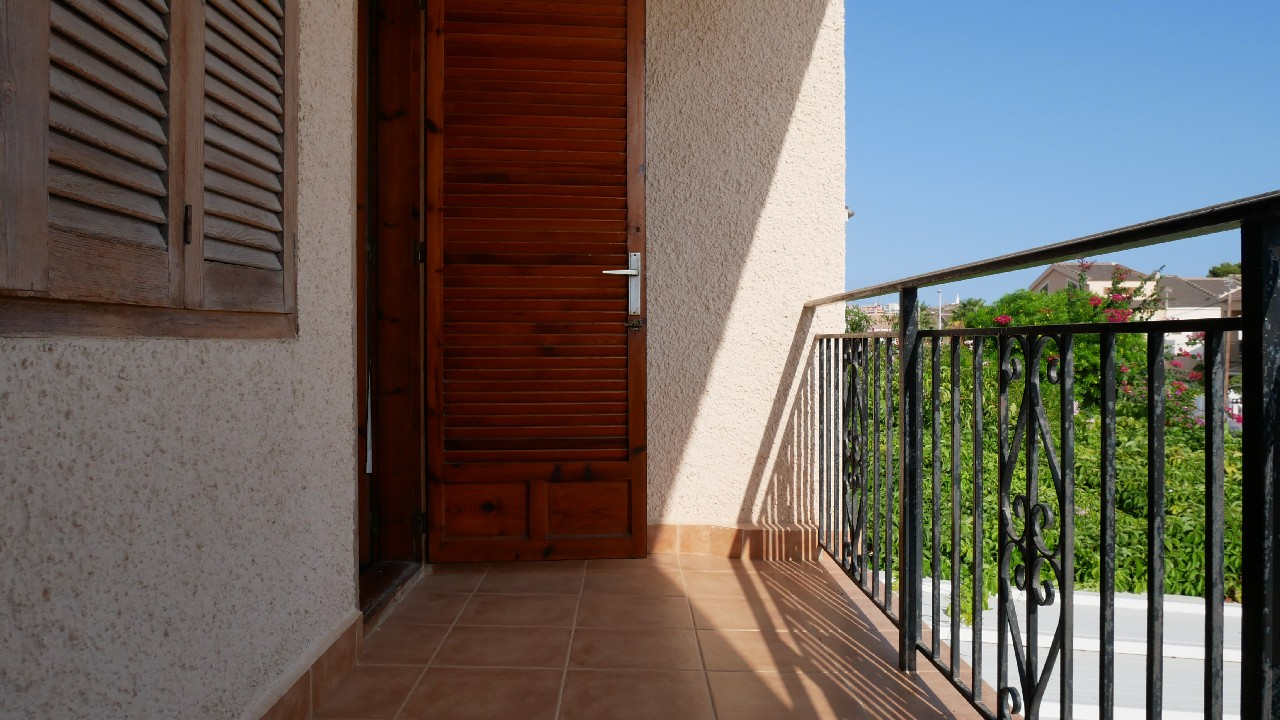 Semi-detached triplex in Bahia for sale in Puerto de Mazarron