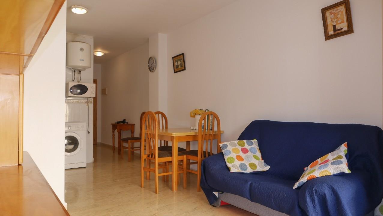 Apartamento  cerca de la playa y céntrico en venta en el Puerto de Mazarron