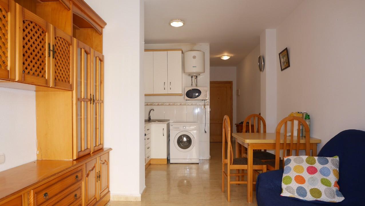 Apartamento cerca de la playa y céntrico en venta en el Puerto de Mazarron #00059