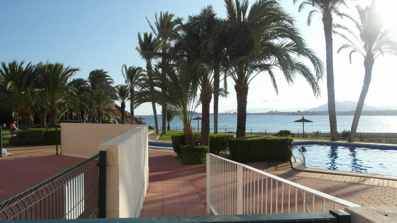 Apartment with parking and pool for holiday rental in Isla Plana