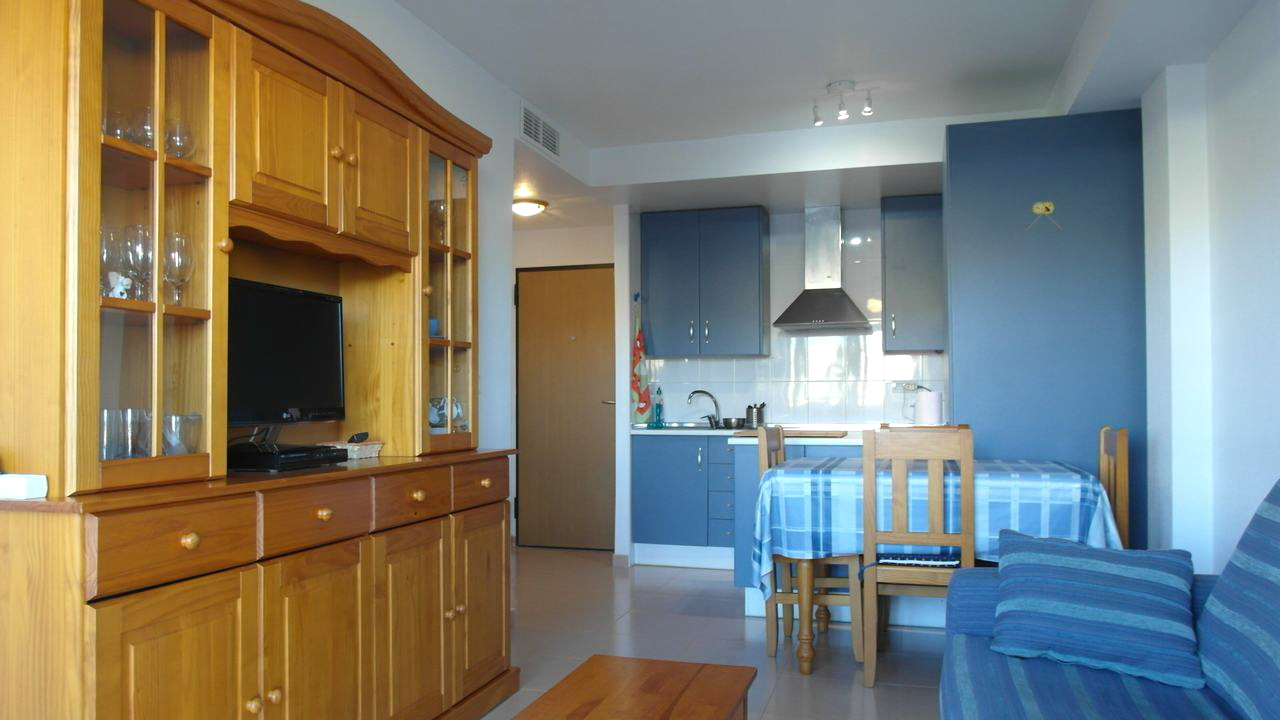 Cosy apartment with A/C and swimming pool for rent in Puerto de Mazarron