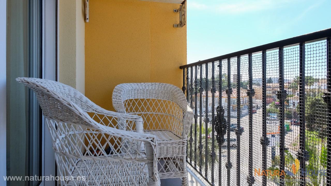 Apartamento con vistas abiertas en venta en Puerto de Mazarrón
