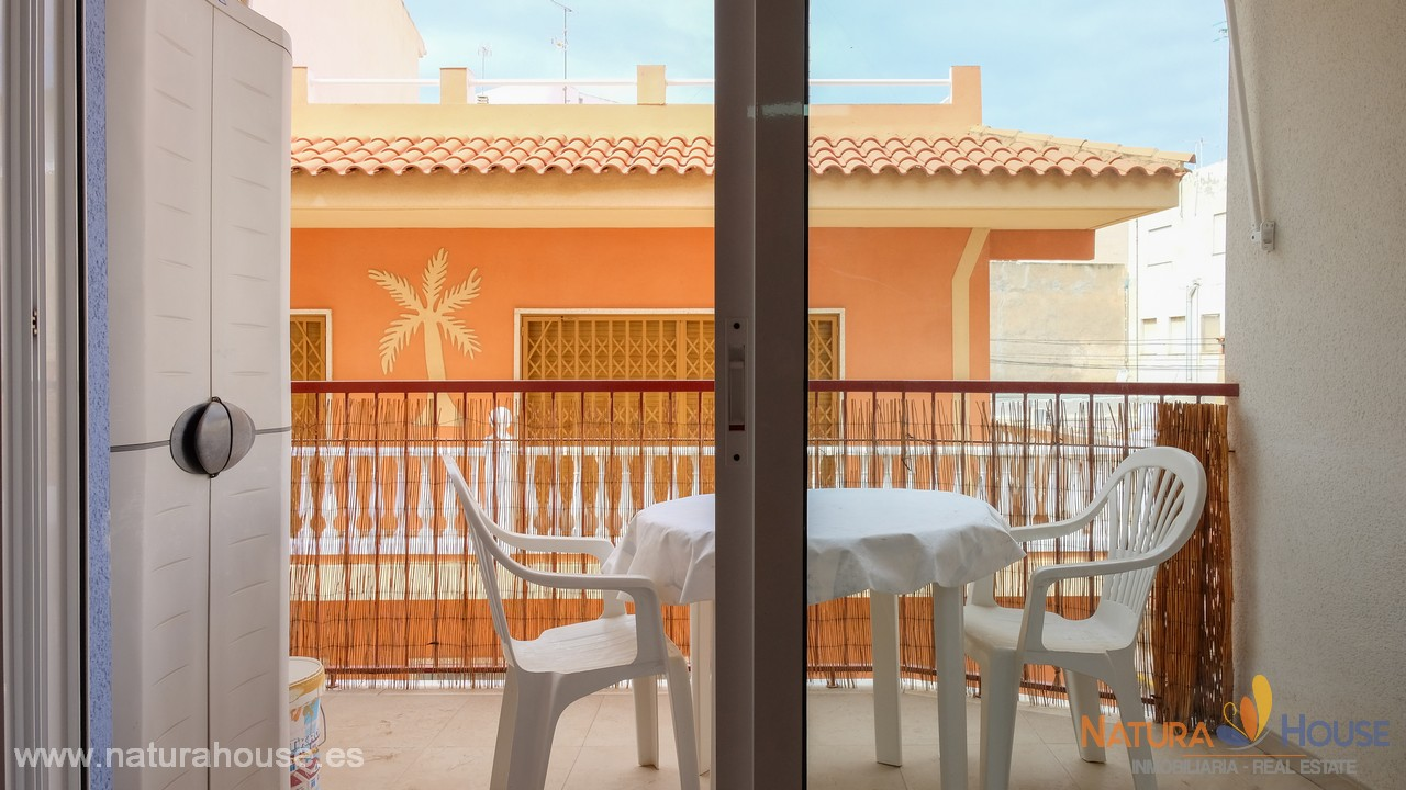 Apartamento céntrico y cerca de la playa en venta en Puerto de Mazarron