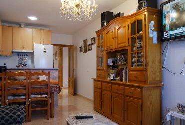 Apartamento céntrico con parking y trastero en venta en Puerto de Mazarron #00050