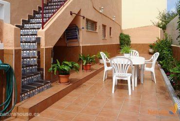 Atico con patio y solarium en venta en Playagrande #14007