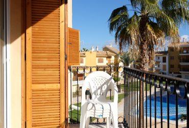 Apartamento con terraza en venta en Pueblo Salado #12057