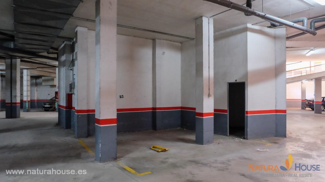 Apartamento muy céntrico con parking y trastero